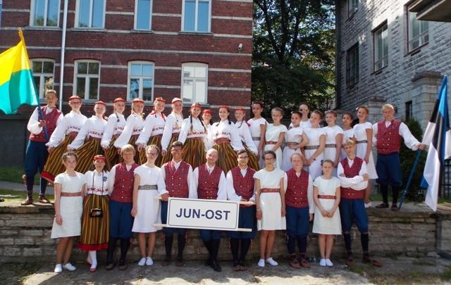 20140704 Junost veb